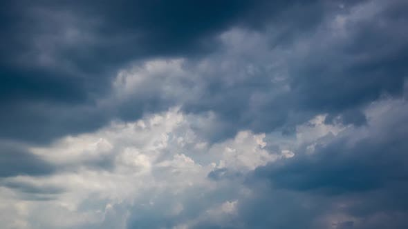 Thumbnail for White Puffy, Fluffy Cumulus Clouds Time Lapse Motion