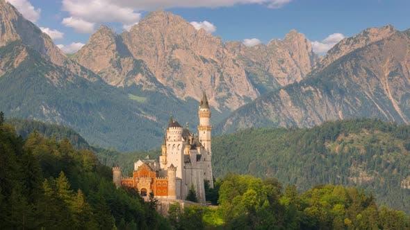 Thumbnail for Schloss Neuschwanstein am Morgen