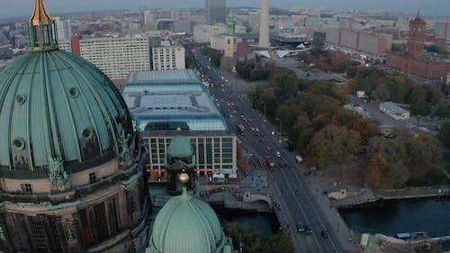Tilt Up Reveal of Centre of Town with Landmark Fersehturm and Rotes Rathaus