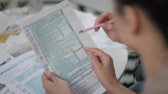 Filling In Tax Declaration Form