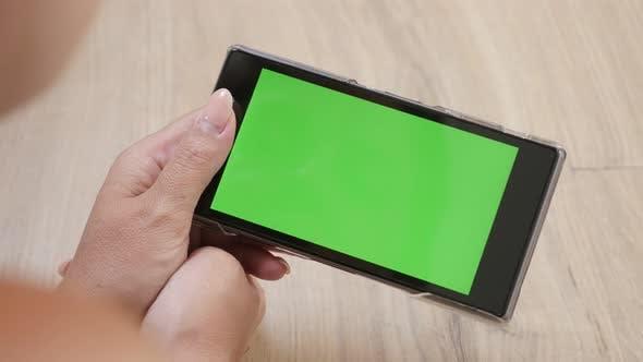 Blond female looking to green screen tablet interior 4K 2160p 30fps UltraHD footage - Blonde Caucasi