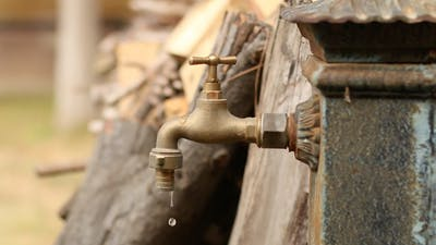 Old Faucet 01