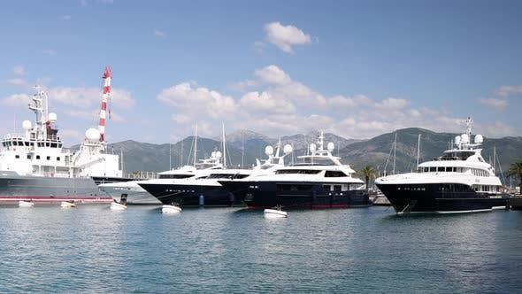 Montenegro Port