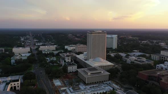 Thumbnail for Aerial Establishing Shot Of Florida State Capitol Building 4k