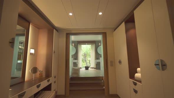 Thumbnail for Eine Badezimmer-Innenarchitektur in einem Luxus-Resorthotel.