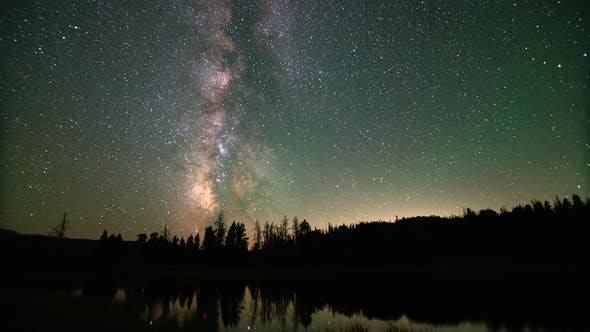 Time lapse of the milky way moving through the sky in Utah