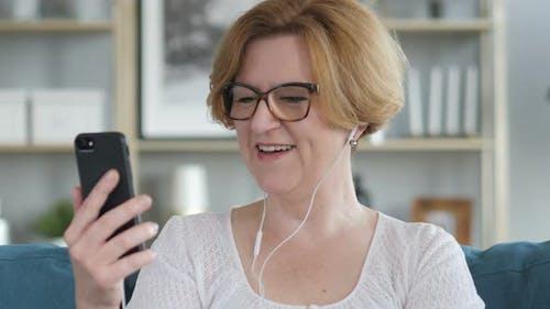 Parler Femme, Chat Vidéo en ligne sur Smartphone