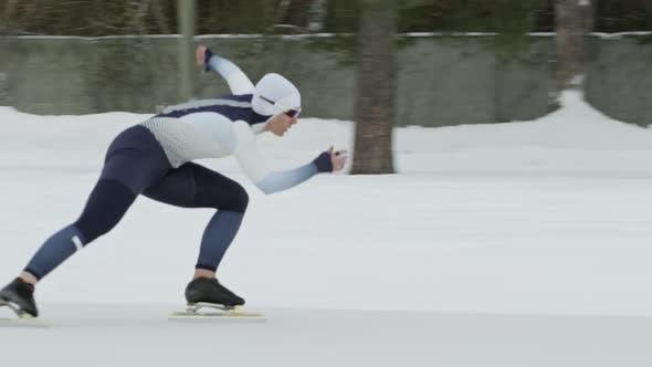 Thumbnail for Sportswomen Speed Skating in Winter