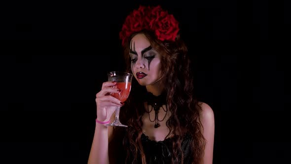 Easy Halloween Makeup. The Girl with the Picture on Her Face. The Devil's Bride with a Wreath of Red