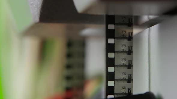 Bewegte Bilder. Schwarze und weiße alte Filme. Nahaufnahme