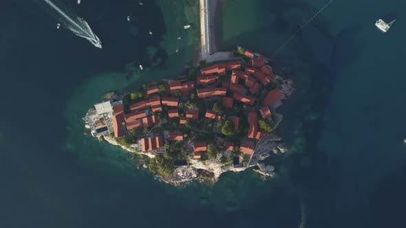 Cover Image for Aerial Footage of Sveti Stefan Island in Budva