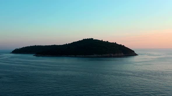 Thumbnail for Otok Lokrum island at sunset