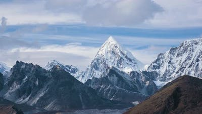 Pumori Mountain. Himalaya, Nepal