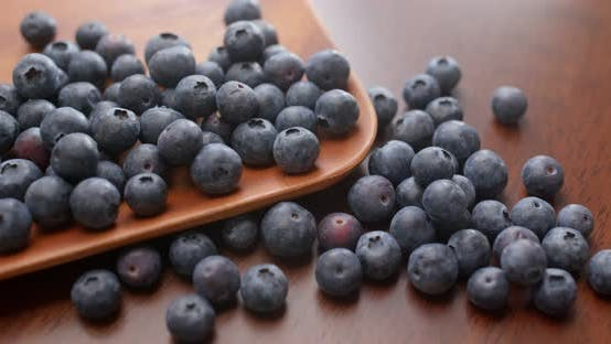 Thumbnail for blueberry on wooden plate