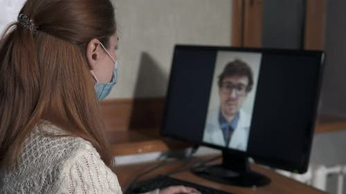 Video communication with the doctor at home during the quarantine