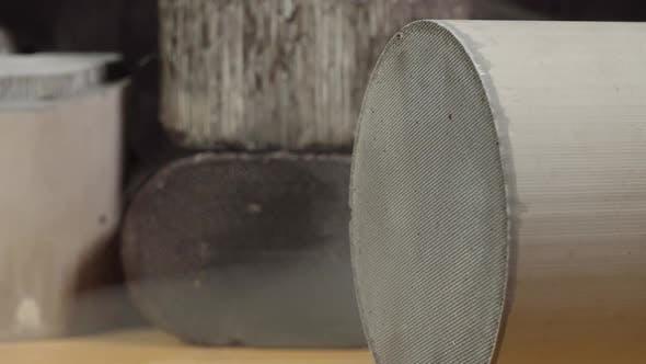 Ceramic Catalyst Converter Purifies Exhaust Gases
