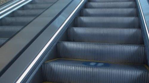 Social Distancing Escalator Graphics Markers