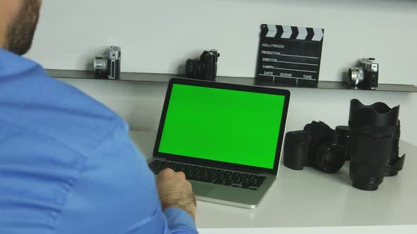 Thumbnail for Green Screen