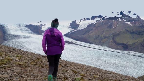 Thumbnail for Women Rises on a Mountain Ridge