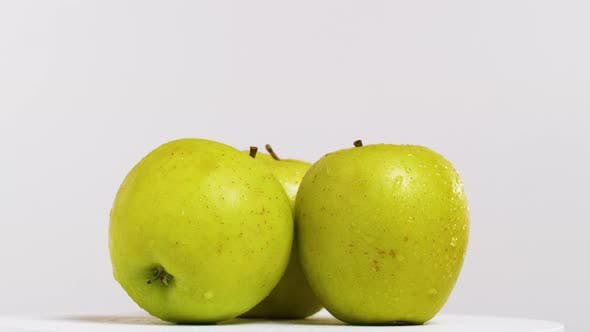 Cover Image for Fresh Apples