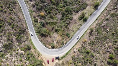Vehicles Traffic on Bends