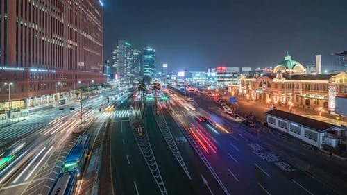 Seoul, Korea - Der Seoul Bahnhof Verkehr bei Nacht