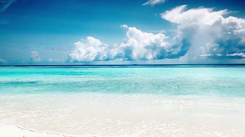 The coastline of the ocean. Maldives, June 2021
