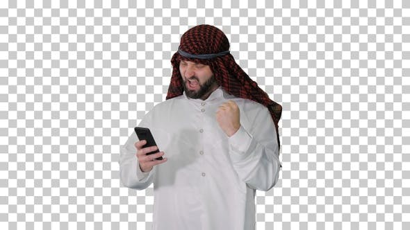 Thumbnail for Arab sheikh wearing keffiyeh receiving, Alpha Channel