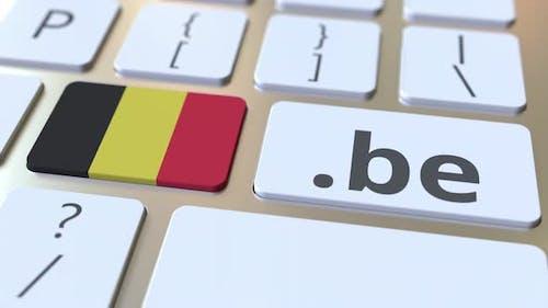 Belgian Domain .Be und Flagge von Belgien auf der Tastatur