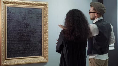 Discussing the Piece of Modern Art