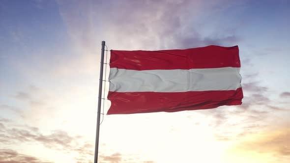Drapeau autrichien agitant dans le vent ciel Théâtral Fond