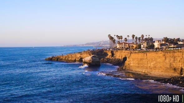 Sonnenuntergang Cliffs Beach Coastline im sonnigen San Diego, Kalifornien