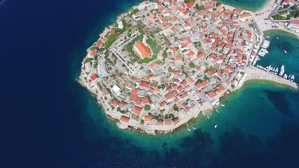 Cover Image for Flying above famous dalmatian nautical destination, Primosten, Croatia