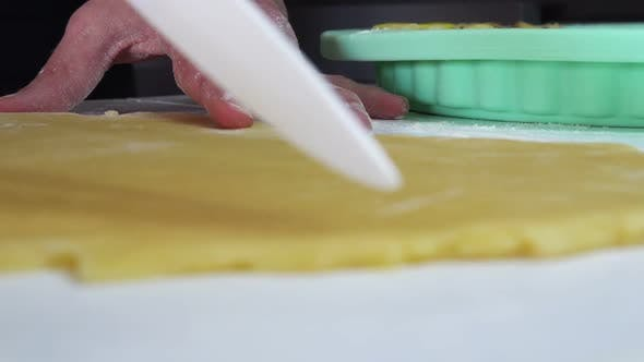 Thumbnail for Cutting a Shortcrust Pastry Package