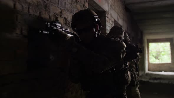 Cover Image for Anti-terrorist Police During Tactical Exercises