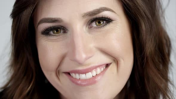 Thumbnail for Attractive brunette smiling