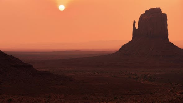 Thumbnail for Monument Valley, USA | Close-up sunrise shot in the park