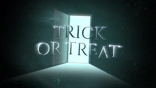 Animationstext Trick oder Treat und mystischen Horrorhintergrund mit dunkler Tür des Raumes