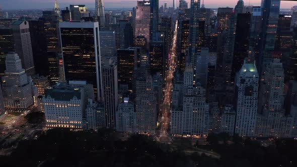 Cover Image for Manhattan Skyline at Night with Flashing City Lights in New York City Over Central Park