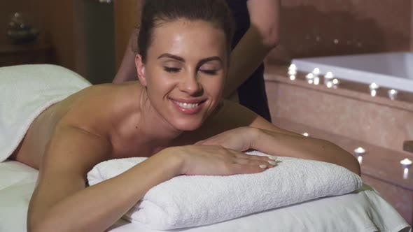 Thumbnail for A Pleasant Masseuse Makes the Girl a Professional Relaxing Massage