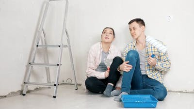 Professional Bloggers Describe Apartment Renovation Process