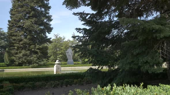 Thumbnail for Sculptures in a park