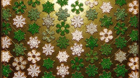 Rotating Golden Snowflakes Glitter 24