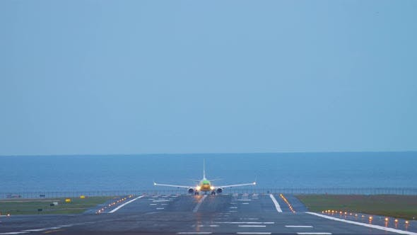 Thumbnail for Airplane Taxiing Before Take-off