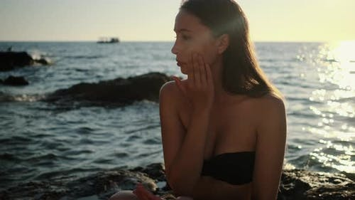 Facial Sunscreen to Protect Skin