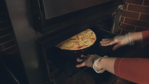 Thumbnail for Cooking of Pizza
