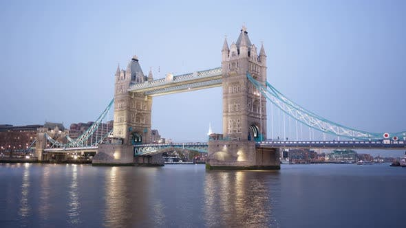 Timelapse of Tower Bridge London