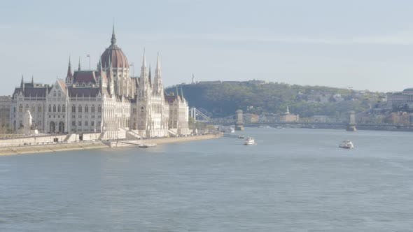 Thumbnail for Famous Hungarian parliament building located on river Danube banks 4K 3840X2160 UltraHD footage - Na