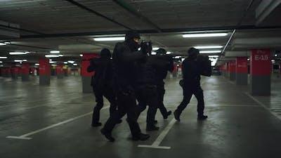 SWAT Forces Exploring Parking