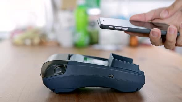 Thumbnail for Bezahlen über Smartphone mit NFC-Technologie